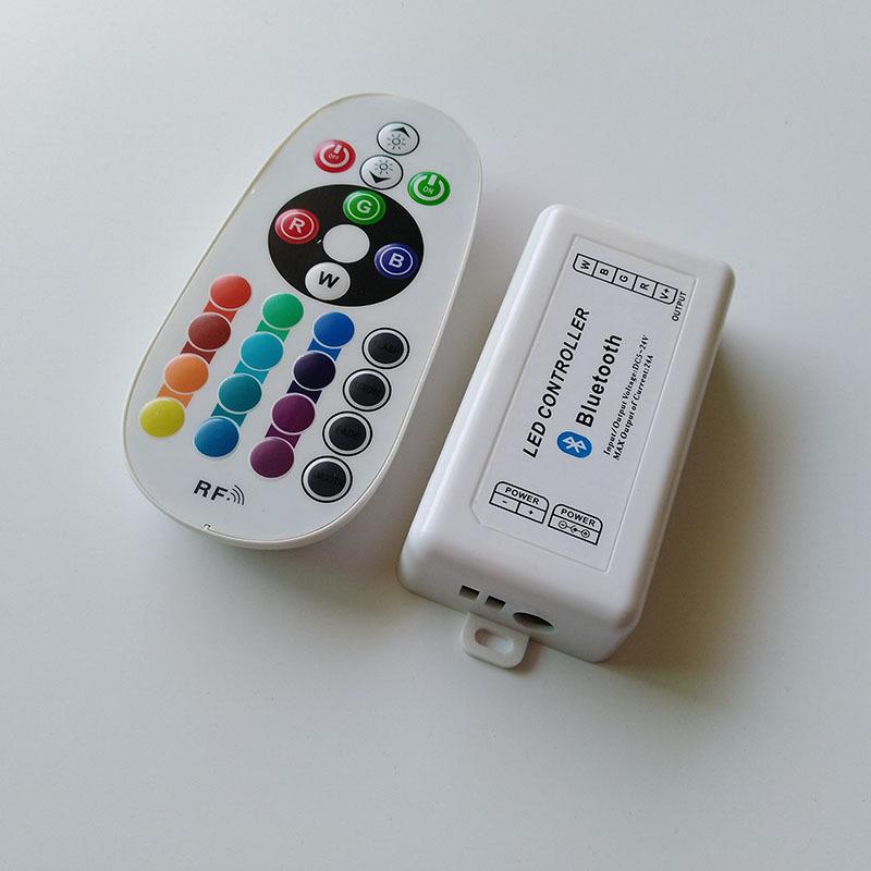 RGB Barre ambiance éclairage 12 V Bluetooth APP-contrôle 6 km avec 4 modules