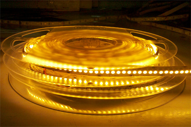 Single Row Super Brightest Series DC24V 3528SMD 1200LEDs Flexible LED Strip Lights, Decorative lighting, 16.4ft Per Reel By Sale